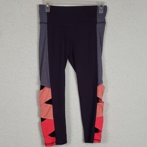 Champion cropped work out leggings size sm…